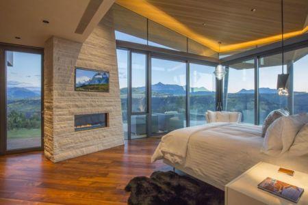 chambre principale & grande baie vitrée - home-Colorado par Bill Poss - Colorado, USA