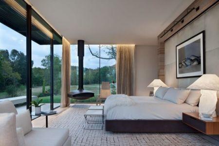 chambre principale & grande baie vitrée  - modern farmhouse par Meyer Davis studio - Nashville, USA