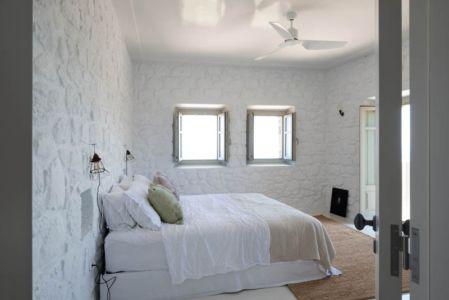 chambre principale - sterna-residence par Giorgos Tsironis and Greg Haji Joannides - Nisyros, Grèce