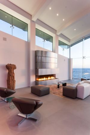cheminée - Carmel Highlands Residence par Eric Miller Architects - Carmel-By-The-Sea, Usa