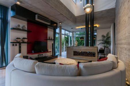 cheminée - Wanka House par Estudio Arquitectura Galera - Cariló, Argentine