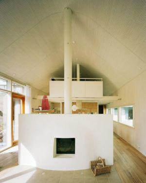 cheminée design salon - House Ulve par Oopera - Seinäjoki, Finlande