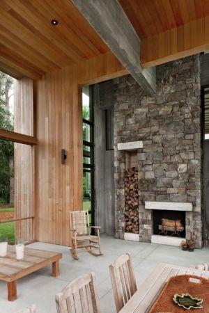 cheminée en pierres - SC Modern I par SBCH Architects - Bray's Island, Sheldon, Usa