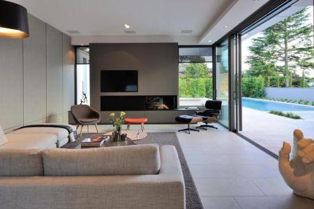 cheminée et salon - Villa Wa par Laurent GUILLAUD - France