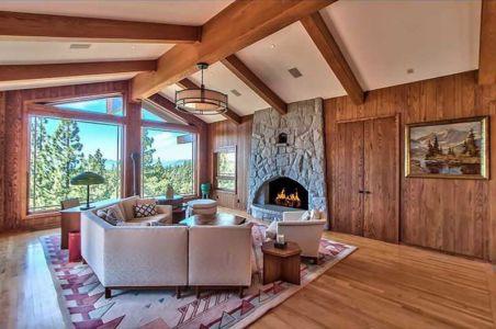 cheminée & salon - lake-view-cabin - Nevada, USA