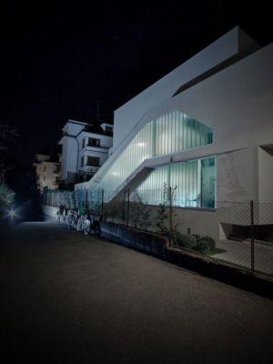 façade rue vue nocture - MaHouse par Marc Formes - France