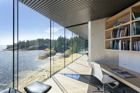 coin bureau - Tula House par Patkau Architects - Quadra Island, Canada