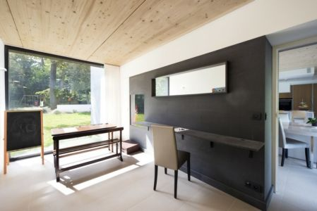 coin bureau - War house par A+B architectes - Montmorency, France
