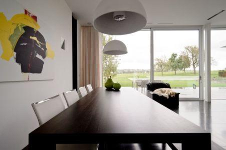 coin séjour - maison contemporaine par Luc Spits, Belgique