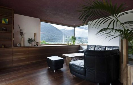 coin salon - Brunner House par Norbert Dalsass - Italie