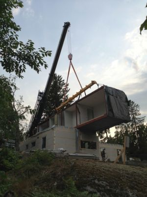 construction - PlayHouse par  Street Monkey Architects + Bjerking - Värmdö, Suède