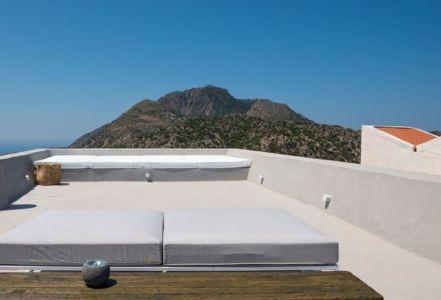 toiture terrasse - Sterna Nisyros par Giorgos Tsironis - Nisyros en Grèce