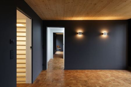 couloir - Maison D par Lode Architecture - France - Photo Daniel Moulinet