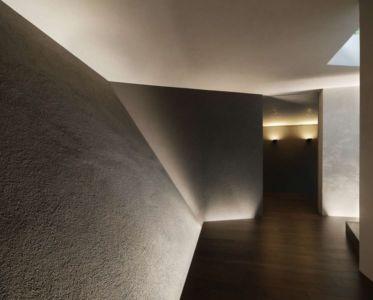 couloir - SRK par Artechnic - Meguro, Japon