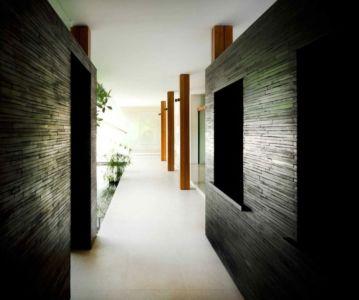 couloir - Water Lily House par Guz Architects - Singapour