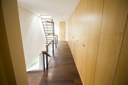 couloir étage - Casa do Miradouro par Dirck Mayer - Ponta Delgada, Madère, Portugal