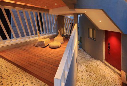 couloir étage - Kyeong Dok Jai par Uroje Khm Architects - Corée du Sud