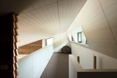 couloir étage - modernist-style-house par Herriot+Melhuish Architecture - Central Otago, Nouvelle-Zelande