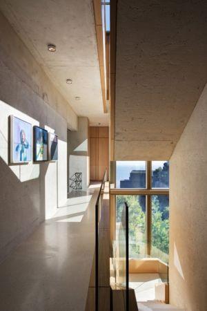 couloir étage - saota-le-cap par SAOTA - Cap, Afrique du Sud