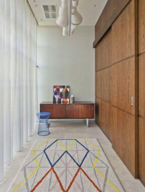 couloir accès bureau - House of Piton par PANACOM Architect - Russie