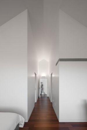 couloir accès chambre - House-four-houses par Prod Architecture - Penafiel, Portugal