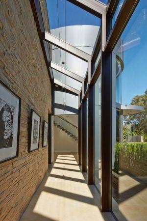 couloir accès escalier - maison exclusive par Polsky Perlstein Architectes - San Francisco, USA