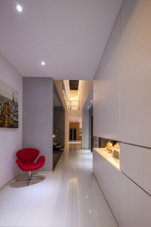 couloir - d-s-house par DP+HS architects - jakarta, Indonesie