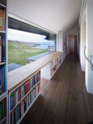 couloir & espace bibliothèque - White-House par WT-Architecture - Grishipoll, Ecosse
