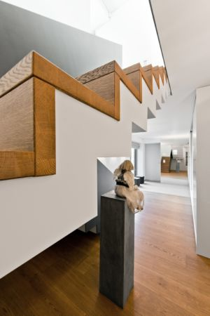 couloir et escaliers - Family House par UAB Architektu biuras - Palanga, Lituanie