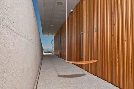 couloir extérieur - Hillside-Home par Multiplan Arhiteki - Ljubljana,Slovénie