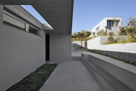 couloir extérieur - Residenza Privata par Osa Architettura - Basilicata, Italie