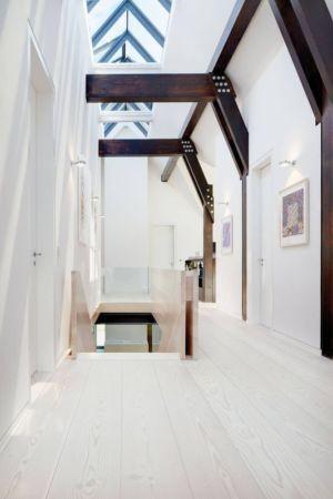 couloir second étage - German-Country-House par Reichel Architectes - Allemagne