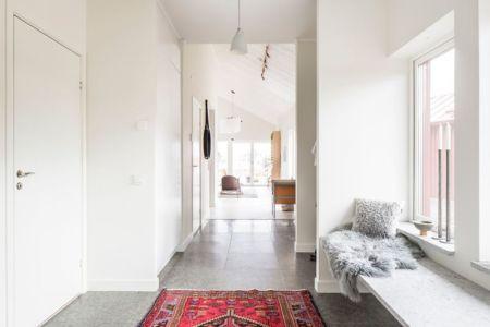 couloir - villa-vallmo par Thomas Sandell - Skaraborg, Suède