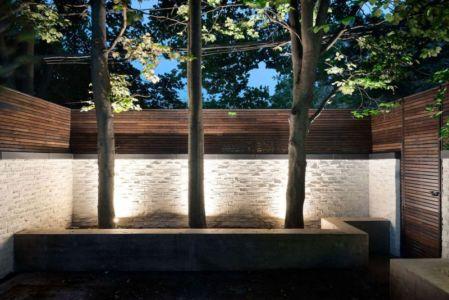 cour intérieur & clôture - Berryman-Street-Residence par AUDAX architecture - Ontario, Canada