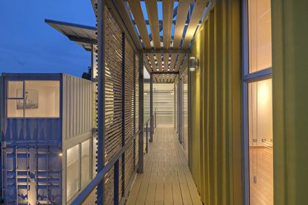 coursive et brise soleil en bambou - Casa incubo par Maria Jose Trejos- Costa Rica
