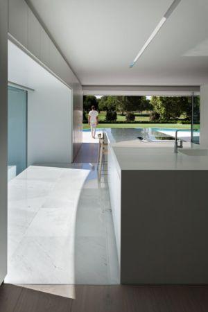 cuisine - Casa Balint par Fran Silvestre Arquitectos - Valence, Espagne