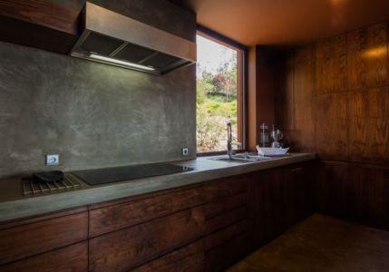 cuisine - Casa de Seixas par Castro Calapez Arquitectos - Caminha, Portugal