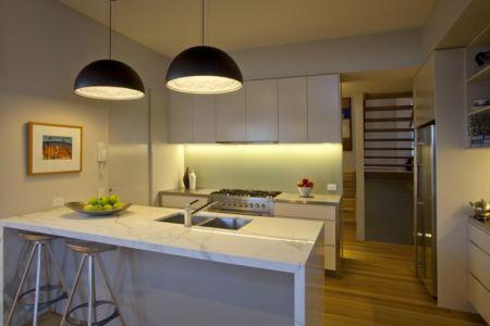 cuisine - Coolum Bays House par Aboda Design Group - Coolum Beach, Australie - photo Paul Smith