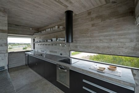 cuisine - House-three-forms par Luciano Kruk - Buenos Aires, Argentine