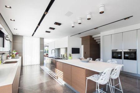 cuisine - Maison contemporaine béton par Ron Aviv - Tel Aviv, Israël
