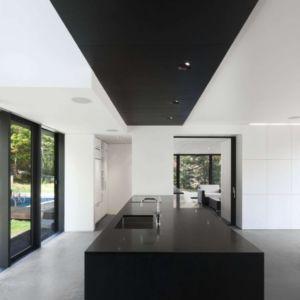 cuisine - Private Residence St-Sauveur par  Saucier + Perrotte architectes -  Saint-Sauveur, Canada