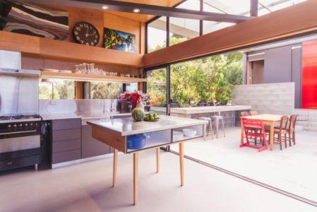 cuisine - Southern outlet house par Philip M-Dingemanse - Launceston, Australie - photo Jonathan Wherrett