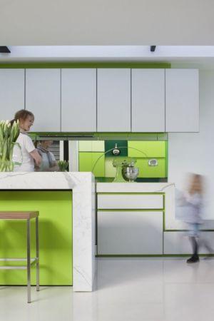 cuisine déco verte - white cube par Matt Gibson Architecture - Melbourne, Australie
