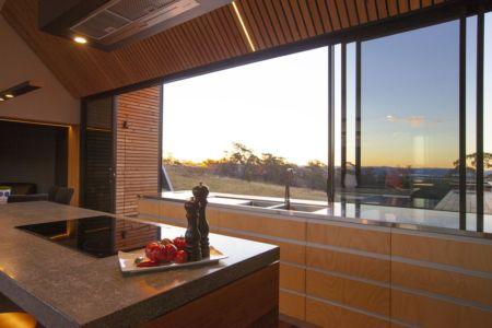cuisine et panorama - Valley House par Philip M Dingemanse - Launceston, Australie