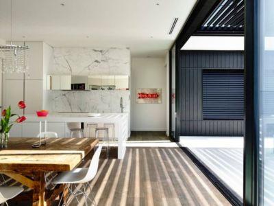 cuisine et séjour - Kew House par Amber Hope Design - Melbourne, Australie