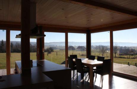 cuisine et séjour - maison ossature bois par Eric Viprey, Cambiums - France