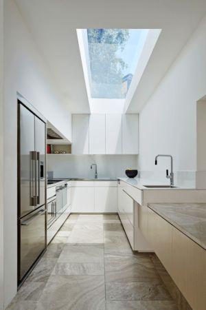 cuisine et verrière - Rénovation contemporaine par Coy Yiontis Architects - Balaclava, Australie