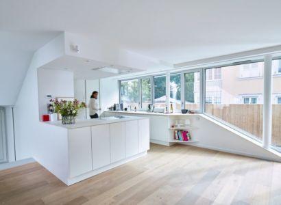 cuisine & grande baie vitrée - MaHouse par Marc Formes - France