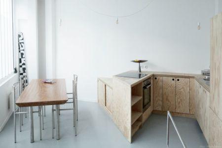 cuisine & séjour - Saganaki House par BUMParchitectes, France