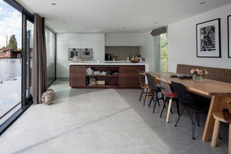 cuisine & séjour - Watervilla par +31ARCHITECTS - Amsterdam, Pays-Bas